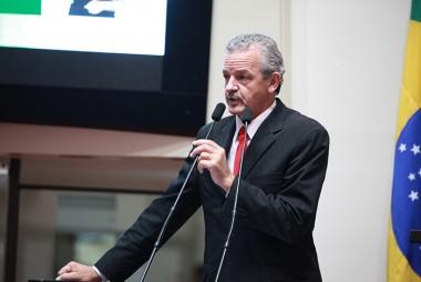 Dresch critica manobra no Confaz