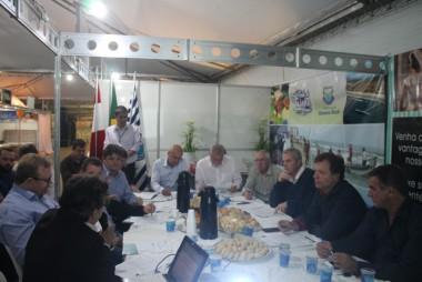 Encontro dos prefeitos da Amrec em Balneário Rincão