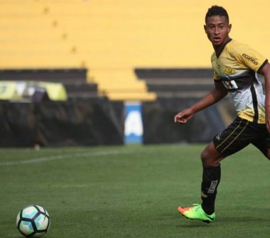 Sub-17 do Tigre decide o título do catarinense no majestoso