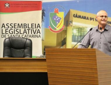Ex-secretário de segurança discute o combate ao crime organizado