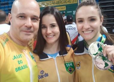 Panamericano: Karateca de Içara conquista ouro no katá equipe