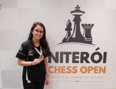 Kathiê obtém primeira colocação em Niterói, Rio de Janeiro