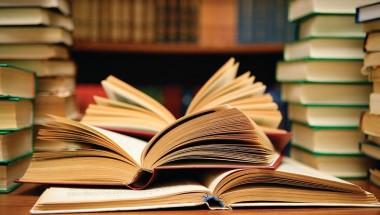 Centro Acadêmico de Letras promove Sebo na Unesc