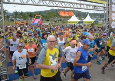 2ª Meia Maratona Caixa Criciúma reúne mais de mil participantes