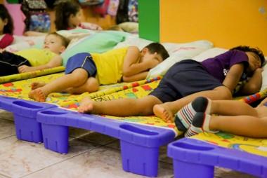 Camas infantis substituirão colchões nos CEIS de Içara