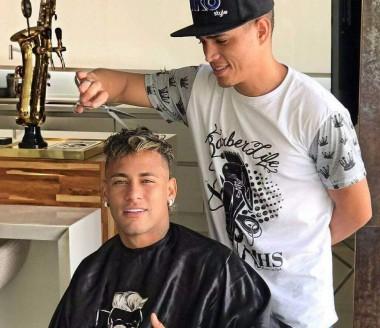 Cabeleireiro de Neymar participa de Whorkshop da Magia Cosméticos
