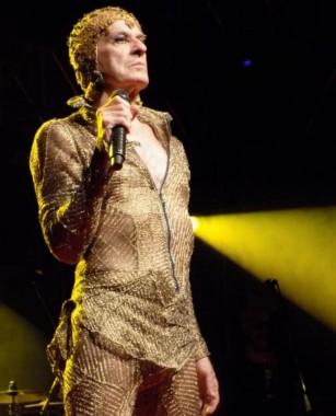 Ney Matogrosso traz o show 'Bloco na Rua' em junho no AM Master Hall