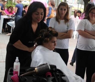 Praça Anita Garibaldi recebe ações especiais nesta sexta-feira