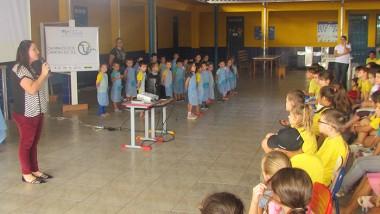 Escola promove palestra sobre o Dia da Terra