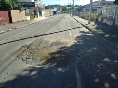 Buracos invadem as ruas de Içara