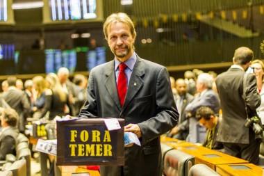 Pedro Uczai denuncia política econômica excludente de Temer