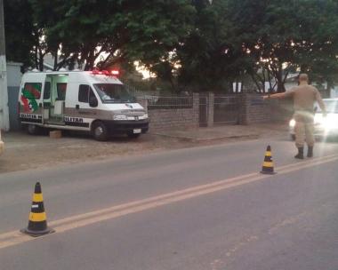 PM de Araranguá realiza operações constantes nos bairros