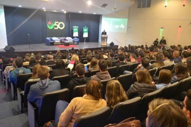 Debate sobre Revolução 4.0 abre Semana Acadêmica de Administração e Comércio exterior