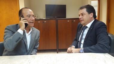 Deputado Rodrigo Minotto convida Décio Lima