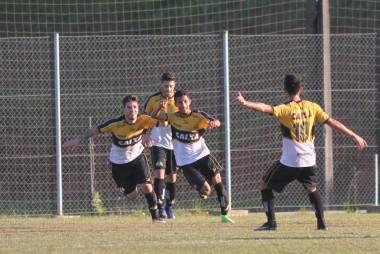 Criciúma avança em primeiro na Copa SC
