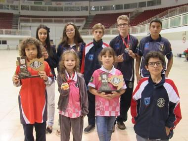 Içarenses participam do Festival Nacional da Criança de Xadrez