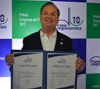 Peninha é o primeiro catarinense a receber o Oscar da Política