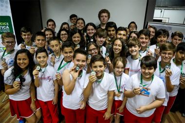 Medalhistas do Prêmio Acic de Matemática são homenageados em Içara