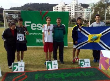 Atleta da FMCE garante vaga para disputa nacional de atletismo