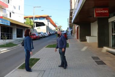 Representantes da Comissão de Serviços Públicos visitam obras no Centro de Içara