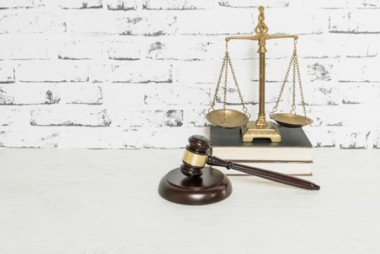 Covid justifica suspensão de posse de mulher aprovada em 1º lugar em concurso