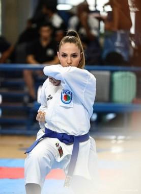 Carateca Sabrina Pereira mantem foco para sonho olímpico em 2021