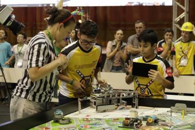 Alunos de Criciúma representarão o Estado em competição nacional