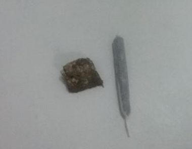 PM de Araranguá apreende adolescente por posse de drogas