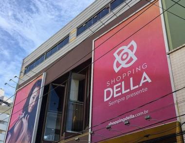 Lojas do Shopping Della com até 70% de desconto no Liquida Folia
