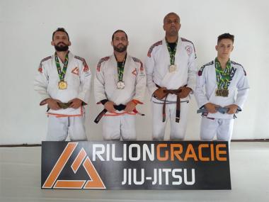 Rilion Gracie Joinville conquista cinco medalhas no Sul-Brasileiro de Jiu-Jistu