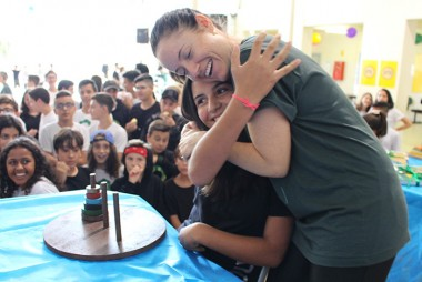 Competição com Torre de Hanói movimenta alunos do 9º ano