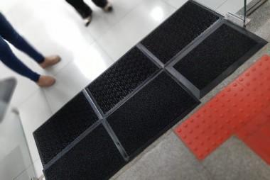 Unesc instala tapetes sanitizantes como mais uma ação de combate à Covid-19
