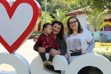 Renata, Eliana e Bruna tem um imenso amor pelos filhos e são apaixonadas pela Unesc