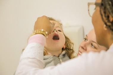 Postos de saúde continuam com horário estendido para vacinação
