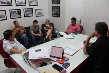 Governo de Içara firma convênio mensal com a Ama-Rec