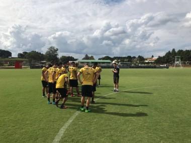 Criciúma enfrenta a Chapecoense nesta quarta-feira
