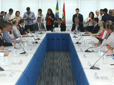 Estado criará núcleos de atuação dentro das associações de municípios