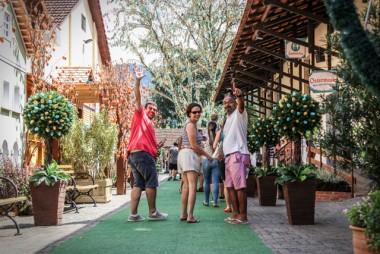 Osterfest recebe mais de 20 mil visitantes no 1º fim de semana