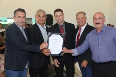 Governador anuncia a retomada das obras na Serra do Faxinal