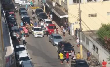 Ladrões roubam bolsa e são detidos por populares em Içara