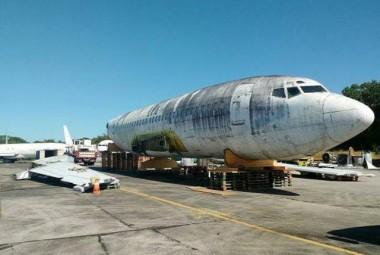 Avião abandonado no aeroporto de Fortaleza vai virar museu na Alemanha