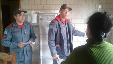 Bombeiros realizam Programa Alerta Vermelho no município