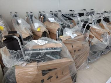 'Lacre amigo' garante cadeiras de rodas para a Afasc Solidária