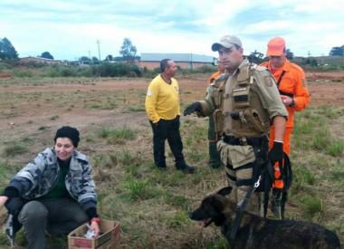 Cão da PM recebe certificação da Confederação de Cinofilia