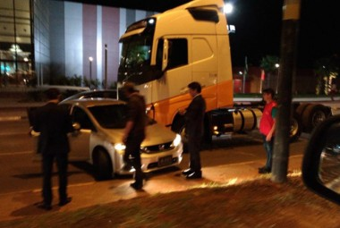 Carro do prefeito de Criciúma se envolve em acidente