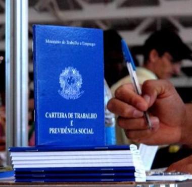 No Brasil, falta trabalho adequado para 26,8 milhões de pessoas
