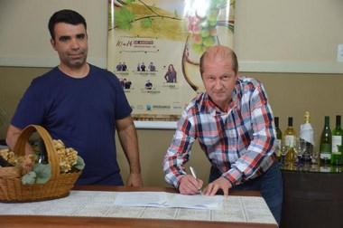 Festa do Vinho e Resicolor confirmam parceria
