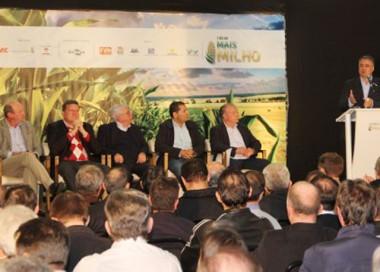 Colombo destaca a importância do equilíbrio produtivo do milho