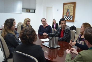 Unesc firma parceria com o grupo Cirquinho do Revirado