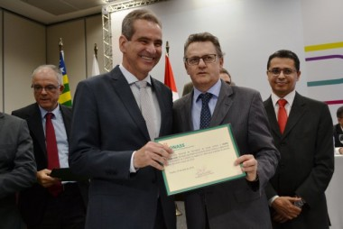 Acélio Casagrande assume presidência do Conass